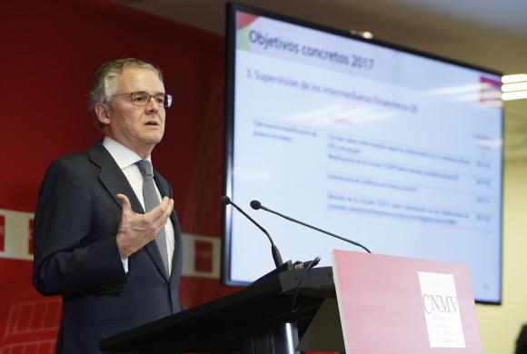La CNMV alerta de irregularidades en las cuentas del Popular de 2016
