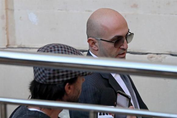 Acusado un empresario de organizar y pagar el asesinato de Daphne Caruana